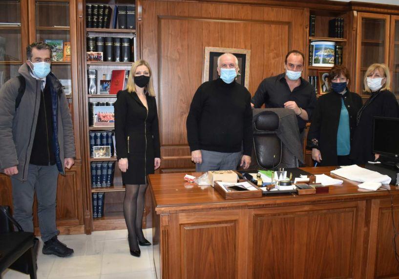 Συνάντηση της Φρόσως Καρασαρλίδου με εκπροσώπους του Δικηγορικού Συλλόγου Βέροιας