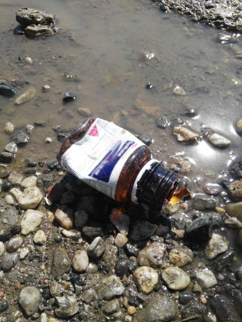 Γιατί αγρότη επιστρέφεις τα κενά μπουκάλια μπύρας για λίγα σεντ και όχι τις κενές συσκευασίες φυτοφαρμάκων για την ζωή μας;