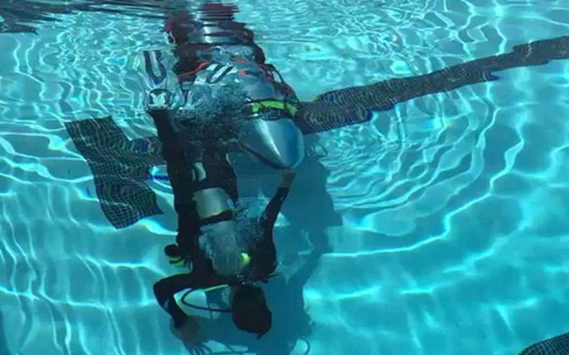 Ο Έλον Μασκ έφτιαξε μίνι υποβρύχιο για τα παιδιά στην Ταϊλάνδη