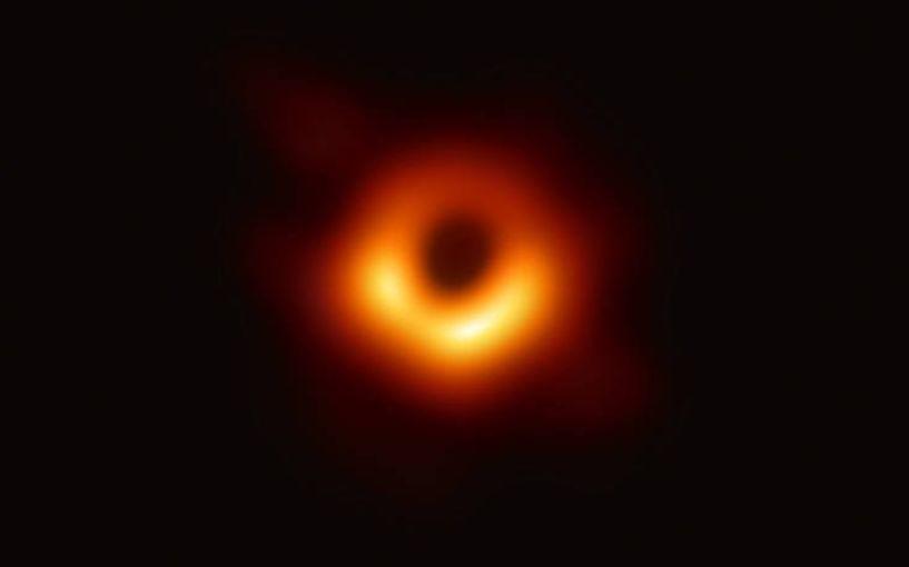 Η NASA δημοσίευσε την πρώτη φωτογραφία μαύρης τρύπας