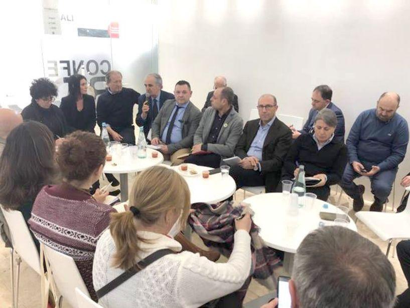 Συνάντηση Άτυπης Διεπαγγελματικής Ομάδας Ακτινιδίου με μέλη του ΙΚΟ στη Fruit Logistica - Τα σημεία που αφορούν τον ελληνικό κλάδο του ακτινιδίου