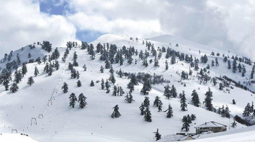 Χιονοστιβάδα παρέσυρε πέντε σκιέρ στη Βασιλίτσα. Νεκρός ένας 30χρονος