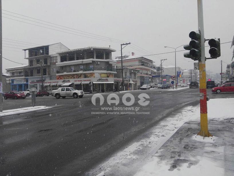 Λόγω βλάβης του ρυθμιστή κυκλοφορίας  δεν λειτουργούν τα φανάρια της «Κύπρου»