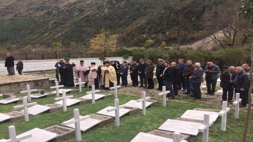 Ταφή οστών 20 Ελλήνων πεσόντων στην Αλβανία