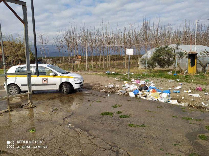 Τακτικοί έλεγχοι από τη Δημοτική Αστυνομία για την ρύπανση του περιβάλλοντος - Τι πρέπει να γνωρίζουμε