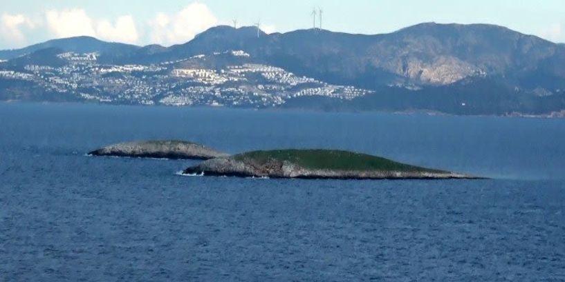 Ίμια, 24 χρόνια: Η μάχη της σημαίας, η κρίση και οι τρεις νεκροί Ελληνες στρατιωτικοί [βίντεο]