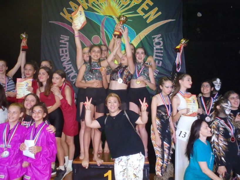 Εκπληκτική εμφάνιση του Α.Ο.Ρ.Γ. ΒΕΡΟΙΑΣ: Οκτώ ομαδικά κύπελλα και δύο ατομικά στους χορευτικούς αγώνες KAVALA OPEN 2019