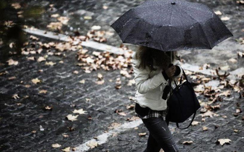 Βροχές και σποραδικές καταιγίδες την Παρασκευή