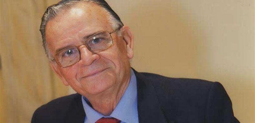 Πέθανε ο Σαράντος Καργάκος - Ένας τεράστιος δάσκαλος του Ελληνισμού έφυγε για την γειτονιά των αγγέλων...