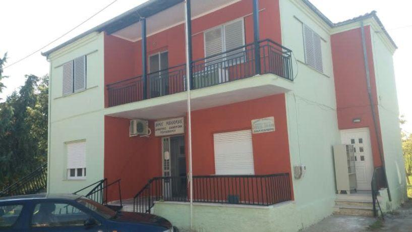 Εργασίες συντήρησης σε σχολεία και Δημοτικά κτίρια από τον Δήμο Βέροιας