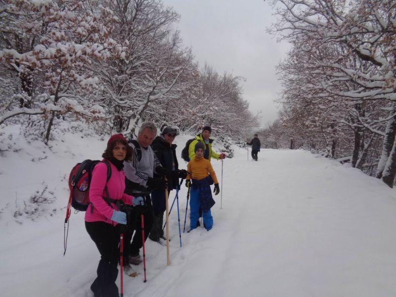Κουμαριά - 5 πύργοι 1750μ.: Πορεία στο χιόνι με τους ορειβάτες Βέροιας