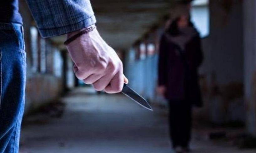 Ληστεία υπό την απειλή μαχαιριού στην Αλεξάνδρεια