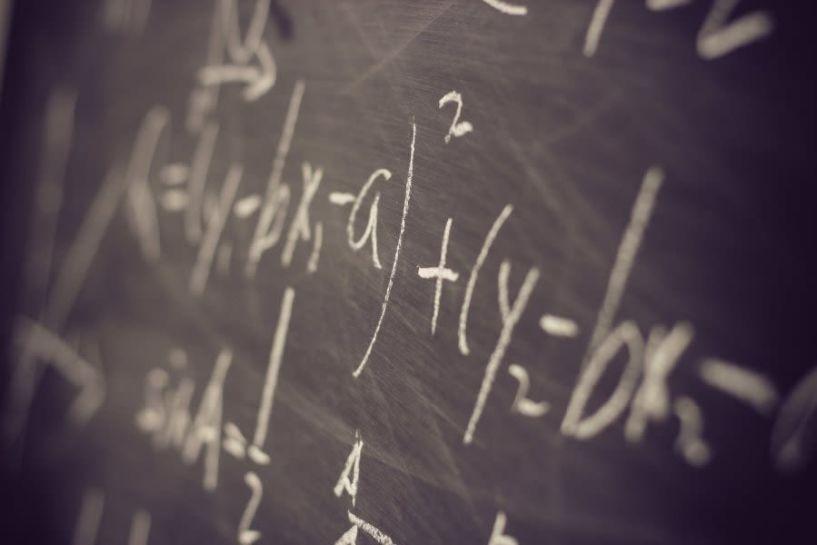 Ο Έλληνας που έλυσε μαθηματικό γρίφο 78 ετών