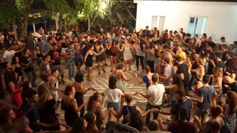 Τέλος οι πίστες και οι χοροί στα πανηγύρια! - Μόνο καθιστοί σε μπουζούκια και συναυλίες
