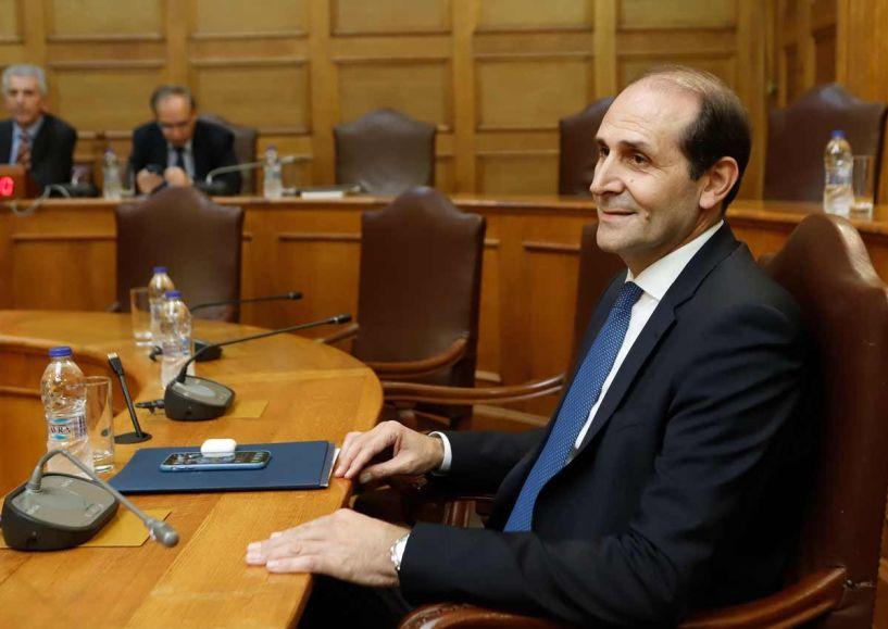Απόστολος Βεσυρόπουλος: Ανοιχτό το ενδεχόμενο μείωσης του ορίου 30% σε ηλεκτρονικές αποδείξεις, για το 2020