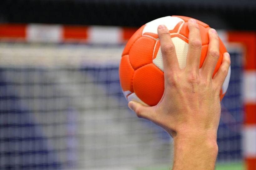 Παρωδία: Από λανθασμένη εντύπωση των Λοιμωξιολόγων μπήκε «λουκέτο» στον ερασιτεχνικό αθλητισμό!