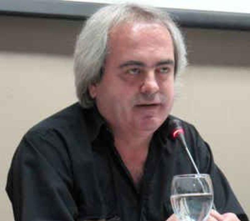 «Έφυγε»  στα 58 του ο μουσικός Κώστας Μπραβάκης