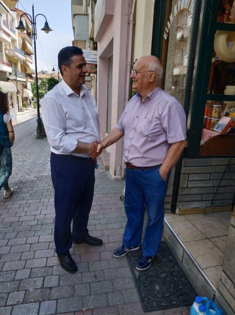 Ο υποψήφιος βουλευτής της Ν.Δ. Φώτης Κουτσουπιάς επισκέφθηκε τη Νάουσα