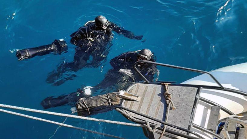 Κόρινθος: Εντυπωσιακά υποβρύχια πλάνα από τον εντοπισμό του πλοίου με τα 46 κιλά κοκαΐνης (Βίντεο)