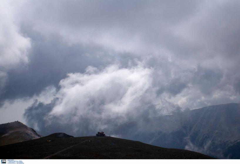 Τραγωδία στον Όλυμπο: Νεκροί οι δύο ορειβάτες από τη χιονοστιβάδα – Προσπαθούν να τους μεταφέρουν