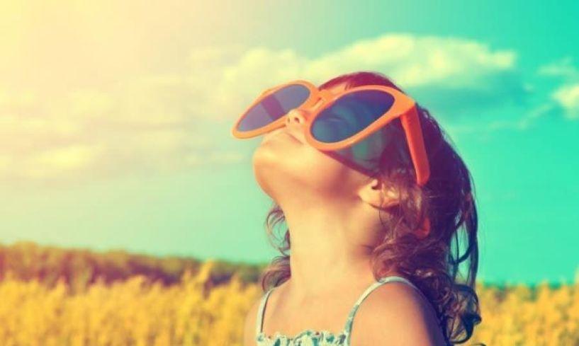 Έκθεση παιδιών στον ήλιο: Κανόνες ασφαλείας ανά ηλικία