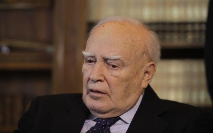 Ιταλός φαρσέρ «πέθανε» τον Κάρολο Παπούλια