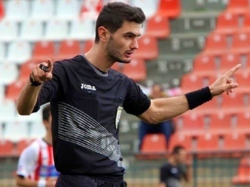 Football League: Οι διαιτητές της 4ης αγωνιστικής. ΝΠΣ Βέροια- Αλμωπός διαιτητής ο κ.Παρχαρίδης (Δράμας)