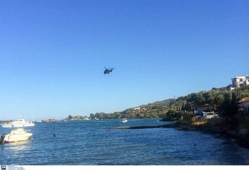 Η στιγμή που πέφτει το ελικόπτερο στον Πόρο (VIDEO)
