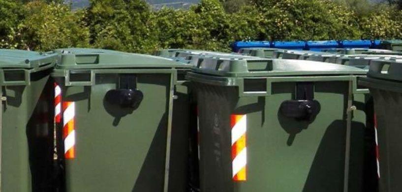 Άρχισαν να πλένονται οι κάδοι απορριμμάτων στη Βέροια εν όψει  καλοκαιριού