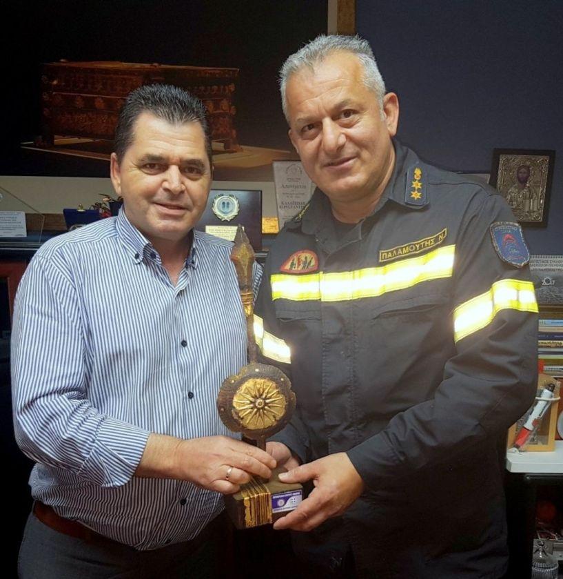 Στον Αντιπεριφερειάρχη Ημαθίας ο νέος διοικητής της Πυροσβεστικής Υπηρεσίας