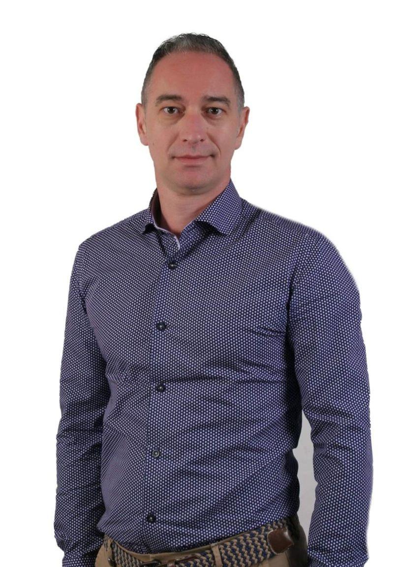 Θόδωρος Καζαντζίδης στον ΑΚΟΥ 99.6: «Δεν θέλω να είμαι γλάστρα στο δημοτικό συμβούλιο»