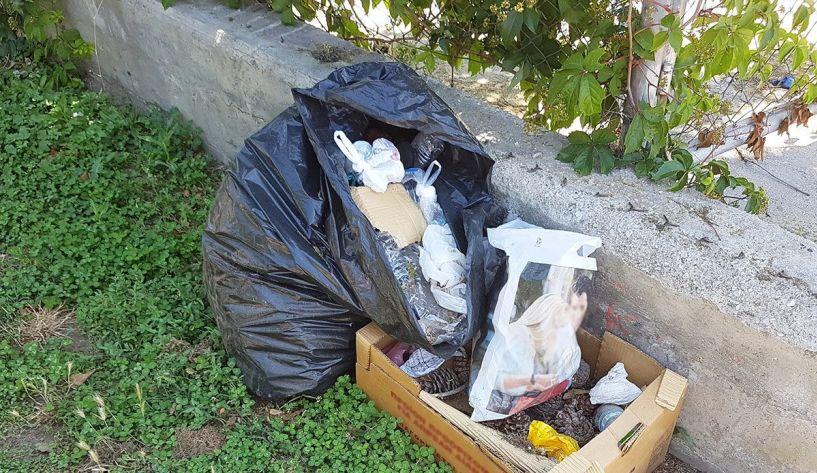 Αντιδήμαρχος καθαριότητας -   Ανακύκλωσης -Περιβάλλοντος:   Να είναι καλά κλεισμένες οι σακούλες απορριμμάτων που ρίχνουμε στους κάδους