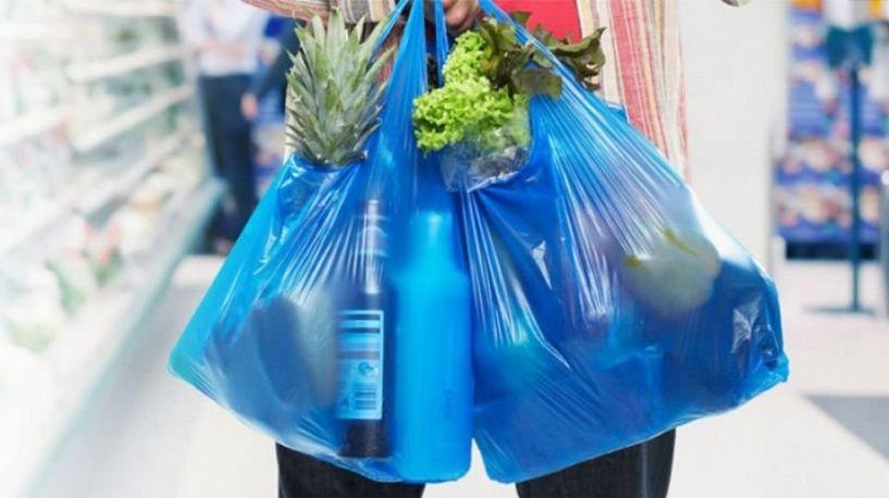Στα 9 λεπτά αυξάνεται από τις αρχές του 2019 το τέλος της πλαστικής σακούλας