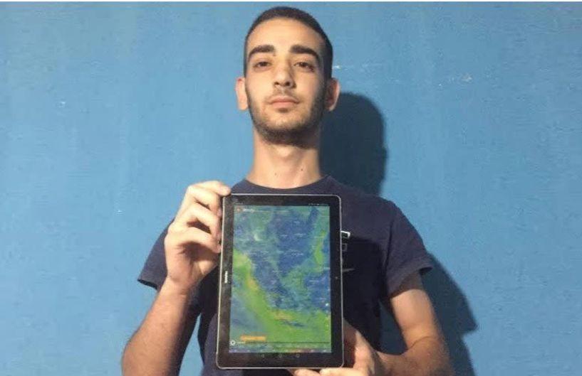 Άγγελος Μουμτζής: Ο 18χρονος από τα Γιαννιτσά... φύλακας – άγγελος του αγροτικού κόσμου - Πως ο φόβος για τις  αστραπές μετατράπηκε σε πάθος για την μετεορολογία