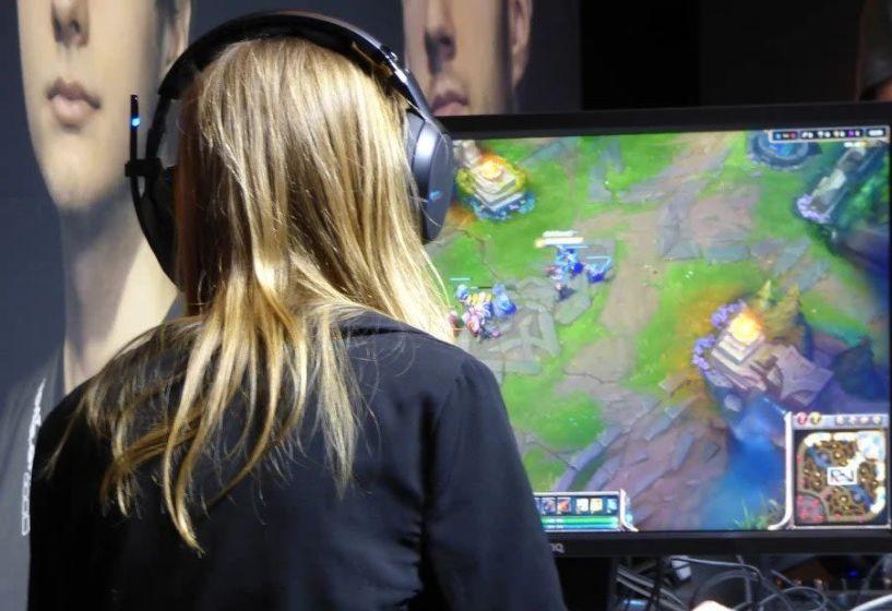 Τουρνουά esports σηματοδοτεί ιστορική αλλαγή για τις γυναίκες gamers