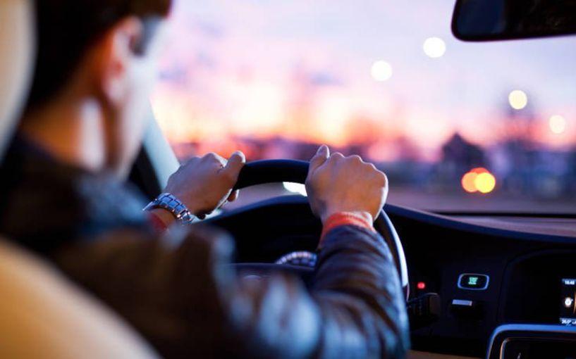 Παρατείνεται ως τις 31 Ιανουαρίου η ισχύς των αδειών οδήγησης