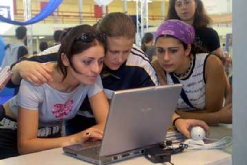 Tι επιλέγουν να σπουδάσουν οι σπουδαστές στα ΙΕΚ