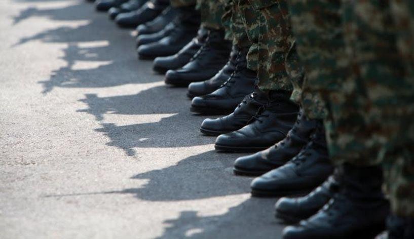 Αλλαγές στη στρατιωτική θητεία - Τι ισχύει για πολύτεκνους και ανυπότακτους