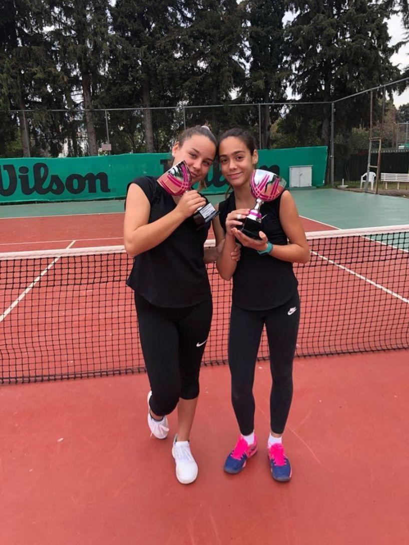 Mε επιτυχίες ξεκίνησε   τη φετινή σεζόν   η  Γιτοπούλου Τατιάνα -Ελένα στο πανελλήνιο Πρωτάθλημα Ε2 Κ14 κατακτώντας την 1η θέση στα διπλά και την 3η θέση στα μονά!