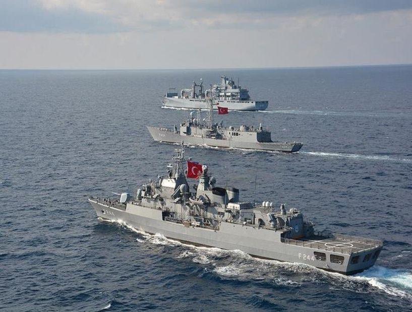 Προκάλεσαν ...και φεύγουν τα τουρκικά πλοία από το Καστελόριζο!