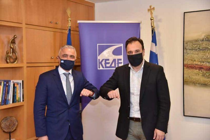 Συνάντηση του Λάζαρου Τσαβδαρίδη με τον Πρόεδρο της ΚΕΔΕ Δ. Παπαστεργίου