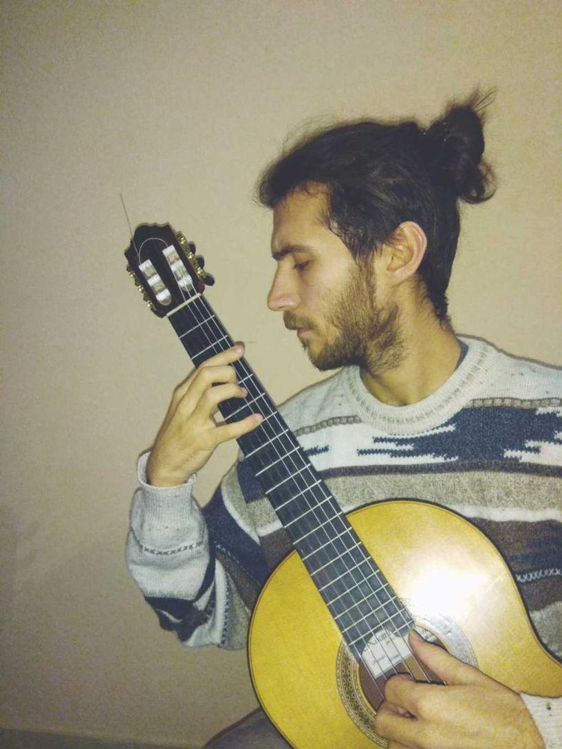 Την Παρασκευή 14 Δεκεμβρίου Ρεσιτάλ κιθάρας του Κωνσταντίνου Τσιγγένη στην Εστία Μουσών