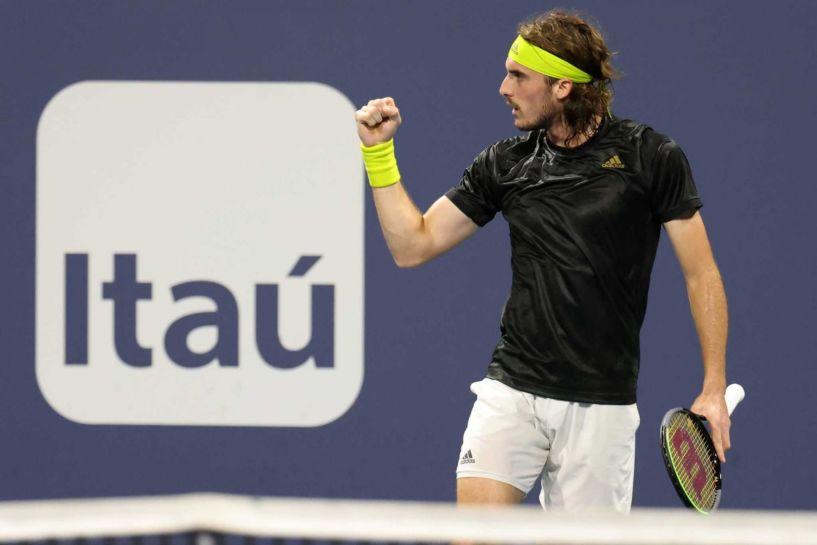 Με... άνεση στα προημιτελικά του Barcelona Open, ο Στέφανος Τσιτσιπάς