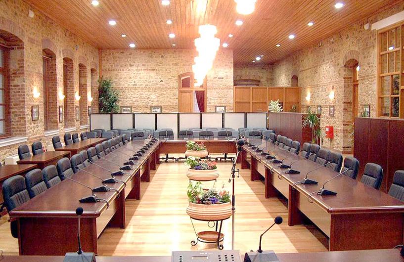 Με υποχρεωτικές συμπράξεις 2 ή 3 παρατάξεων, επικυρωμένες με πρακτικά, θα λειτουργήσουν τα Δημοτικά Συμβούλια