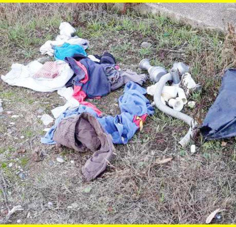 Ασυνείδητοι πετούν σκουπίδια στα κανάλια