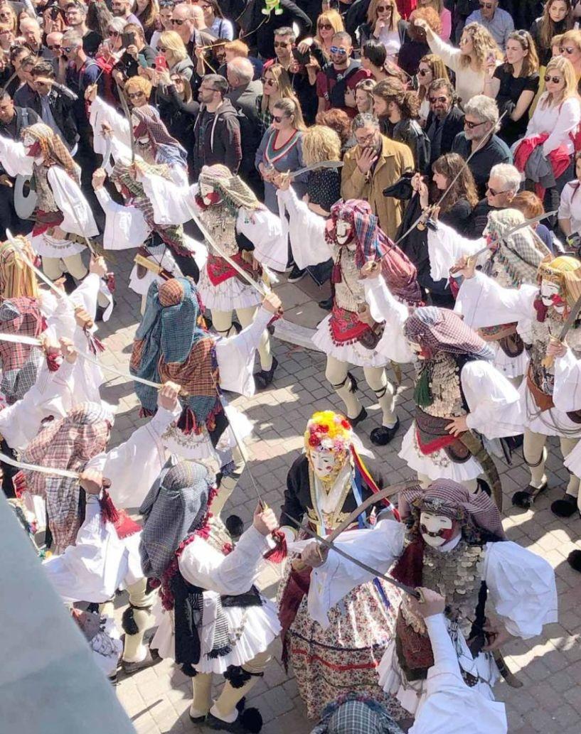 Ο δήμαρχος Ν. Κουτσογιάννης στον ΑΚΟΥ 99.6:  50.000 επισκέπτες φιλοξενήθηκαν   την Κυριακή της Αποκριάς στη Νάουσα