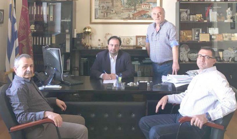 Ξεκινά η διαπλάτυνση   της Πιερίων   -Υπογράφτηκε η σχετική σύμβαση από το Δήμαρχο Βέροιας
