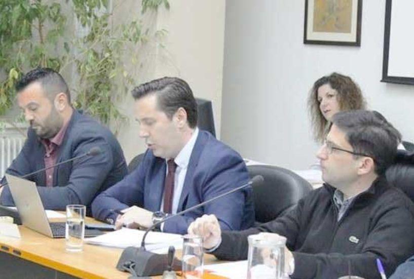 Ενδιαφέροντα θέματα από την συνεδρίαση του Δημοτικού Συμβουλίου Νάουσας