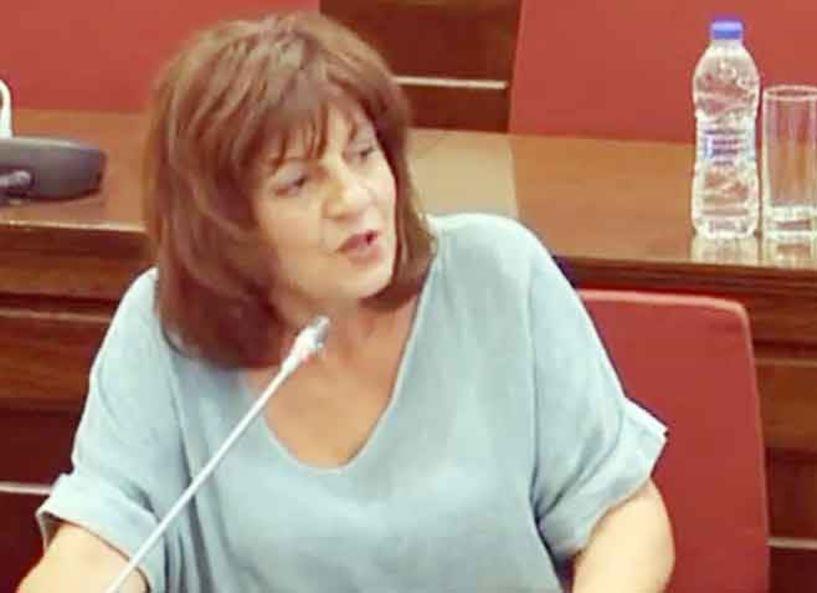 Στην ατζέντα της Επιτροπής Ισότητας ζήτησε η Φρ. Καρασαρλίδου να μπουν οι μονογονεϊκές οικογένειες και η κακοποίηση παιδιών