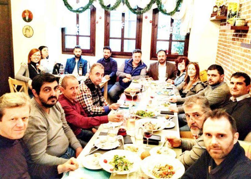 Ο Εμπορικός Σύλλογος έκανε το τραπέζι  στους δημοσιογράφους που τον στηρίζουν